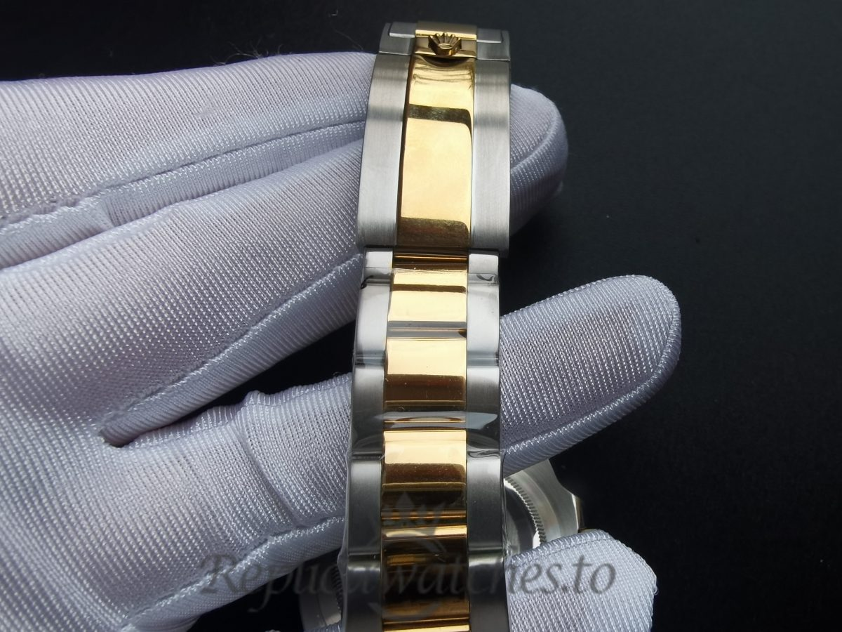 Rolex Submariner 116613 40mm Solid 18k Rolesor Yellow Gold And Blue For Men Watch